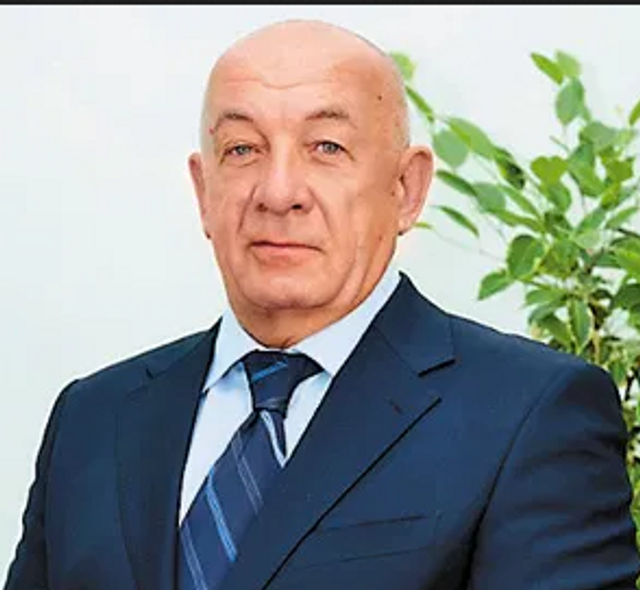 Колишній голова ТСОУ Віктор Миколайович Тімченко, який примудрився вкрасти навіть будівлю Центрального комітету республіканської філії ДТСААФ