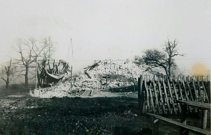 Уламки Успенської церкви. Ймовірно, 1970 рік