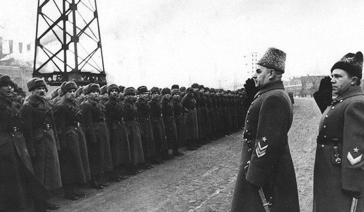Справжнім визволителем Полтави був українець Кулик, а не росіянин Зигін_2