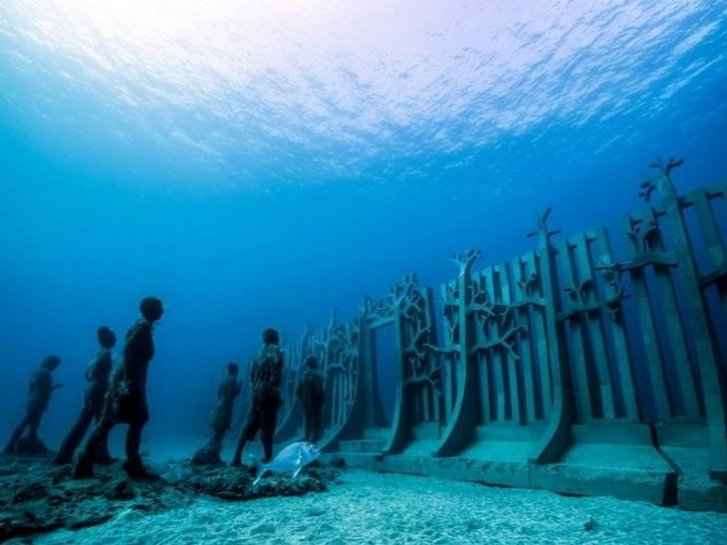 Чудеса на морському дні: найкрасивіші підводні музеї світу_3
