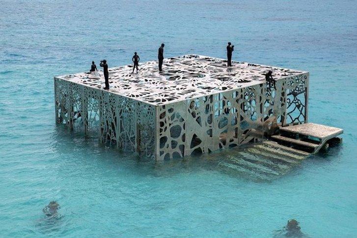 Чудеса на морському дні: найкрасивіші підводні музеї світу_7