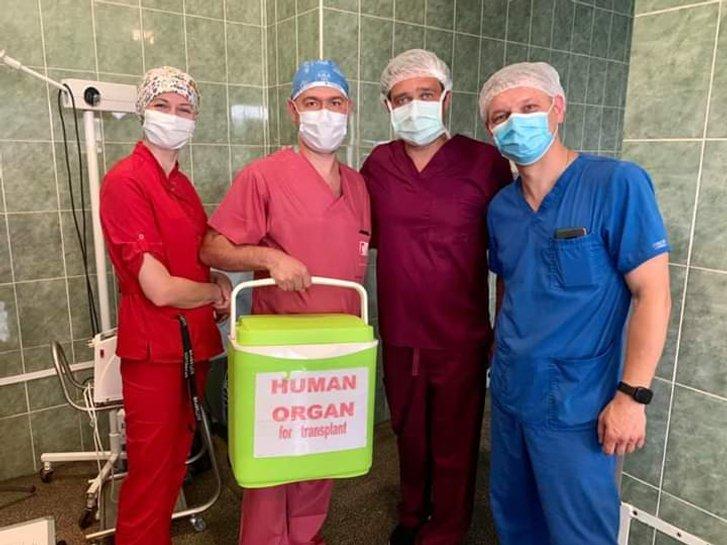 У Львові вперше провели трансплантацію серця_1