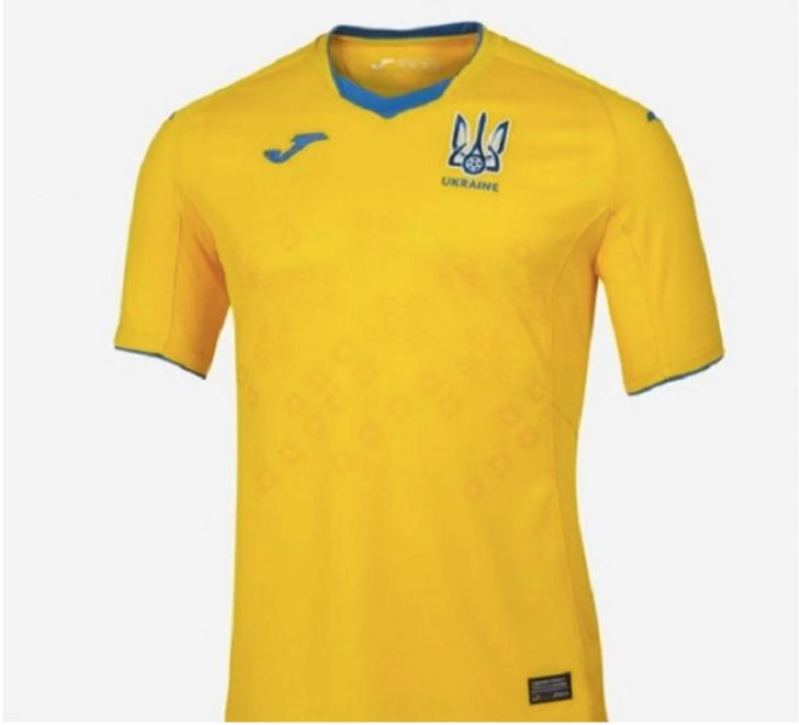 На новій формі збірної України з футболу зник напис «Слава Україні»_3