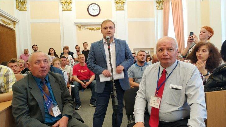 Дмитро Герасименко на Сесії Полтавської міськради (фотографує Наталія Білецька)