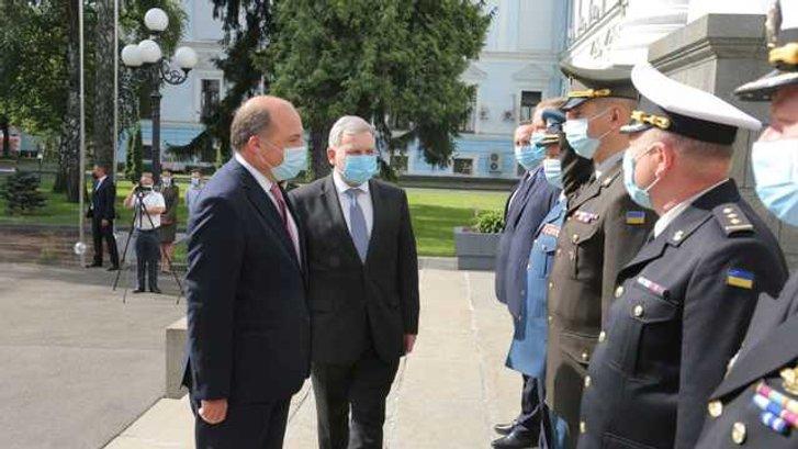 До Києва прибув міністр оборони Британії Бен Воллес