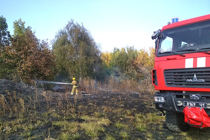 У Решетилівському районі загасили низку пожеж на відкритій території_1