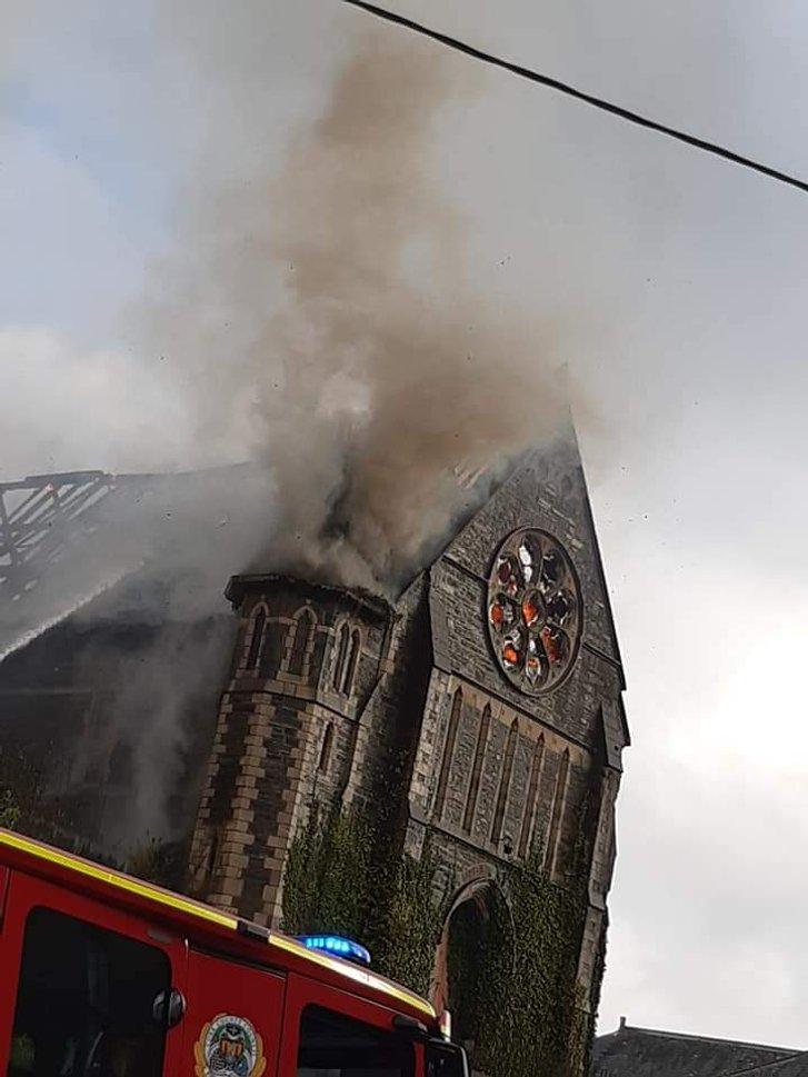 В Ірландії згорів середньовічний храм_3