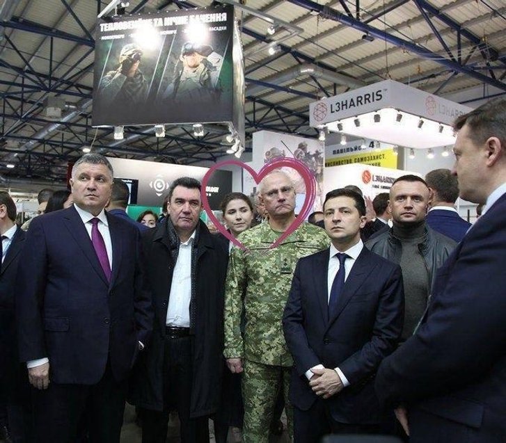 Головнокомандувач ЗСУ Хомчак одружився з головою Чернігівської ОДА 29-річною Ганною Коваленко_1