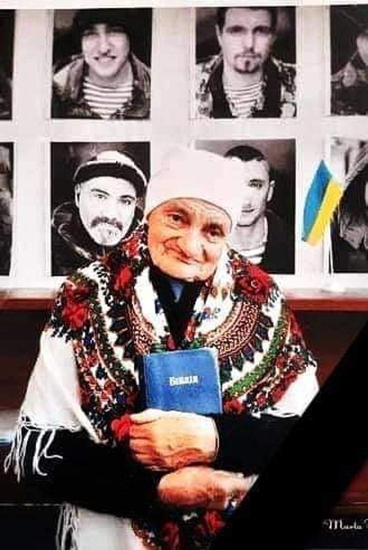 Померла найстаріша волонтерка бабуся Лю з Дніпра_1