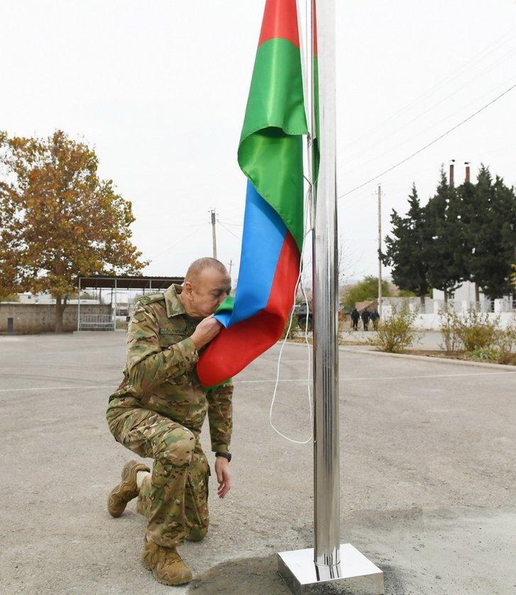 Подружжя Алієвих відвідало звільнений Карабах_2