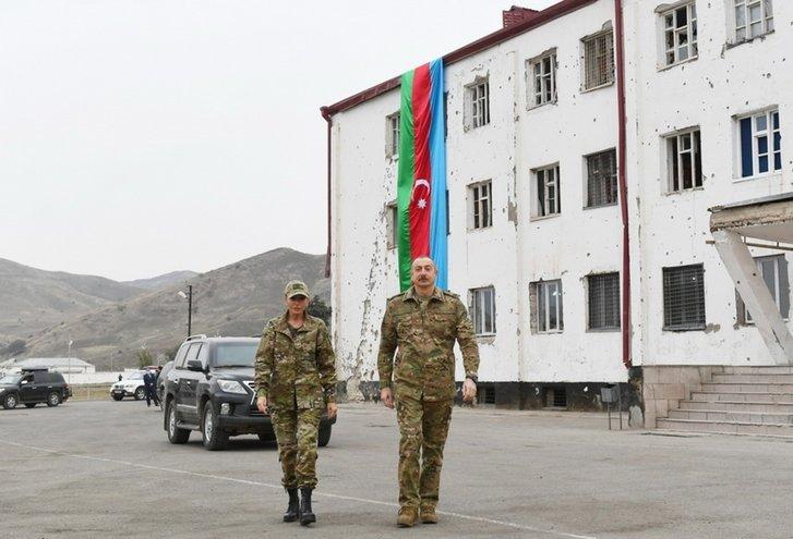 Подружжя Алієвих відвідало звільнений Карабах_4