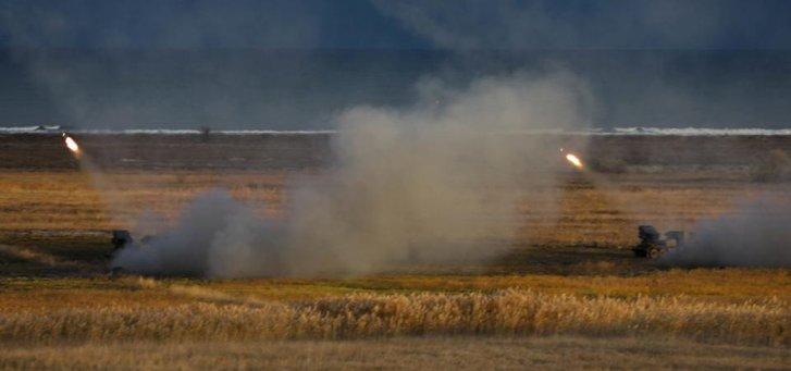 Дві румунські реактивні установки запустили ракети в Чорне море під час навчань