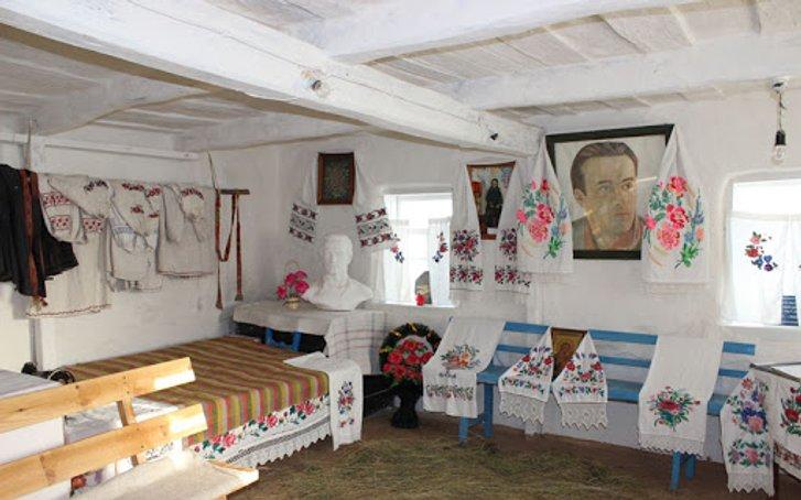 День в історії: 8 січня народився Василь Симоненко —журналіст, поет та дисидент з Полтавщини_1