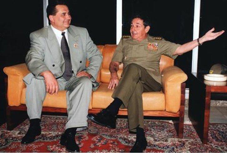 Є. Марчук і Р. Кастро (1990-ті)