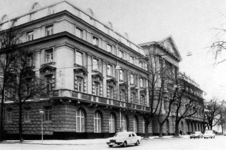 Будівля КДБ УРСР у Київі (нині СБУ)