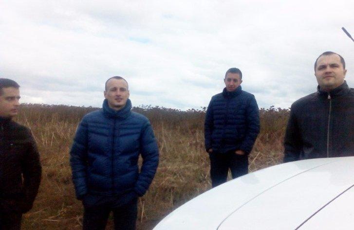 У Полтаві депутати зчепилися за кусок землі._11