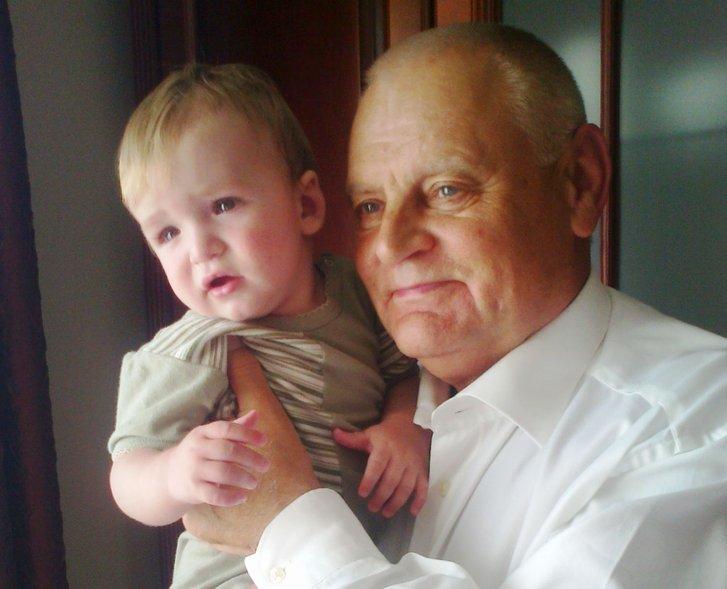Фото з сімейного альбому. З правнуком Максимом