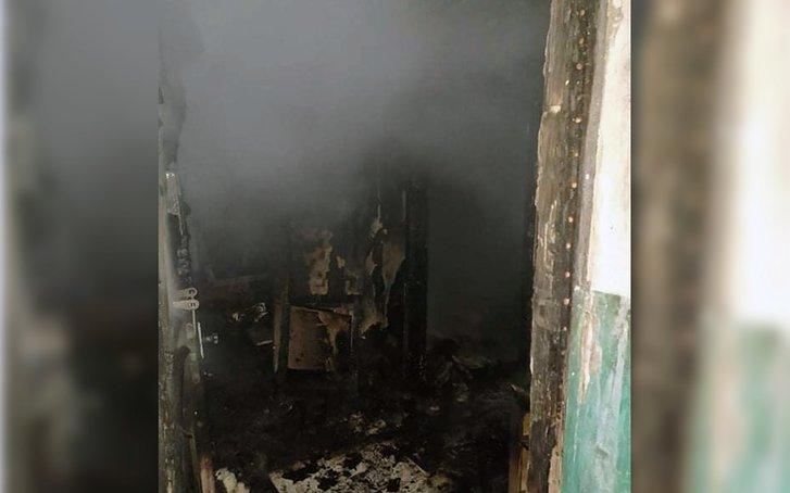 Службовці ДСНС Дніпропетровщини врятували людей під час ліквідації пожежі_2