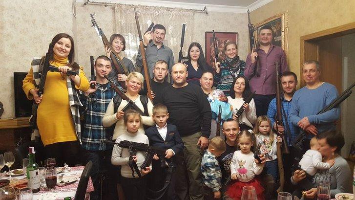 Близько 70 % українців виступають за легалізацію вогнепальної зброї — результати опитувань_1