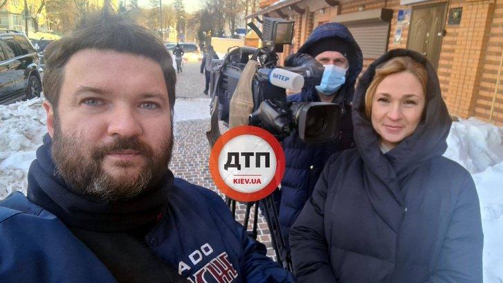 Владислав Антонов коментує інцидент журналістам телекналу