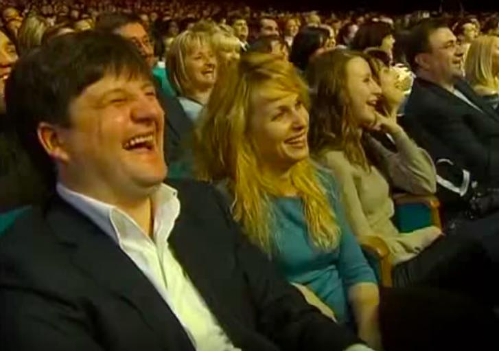 Ілля Павлюк з сім'єю на концерті Вечірнього кварталу