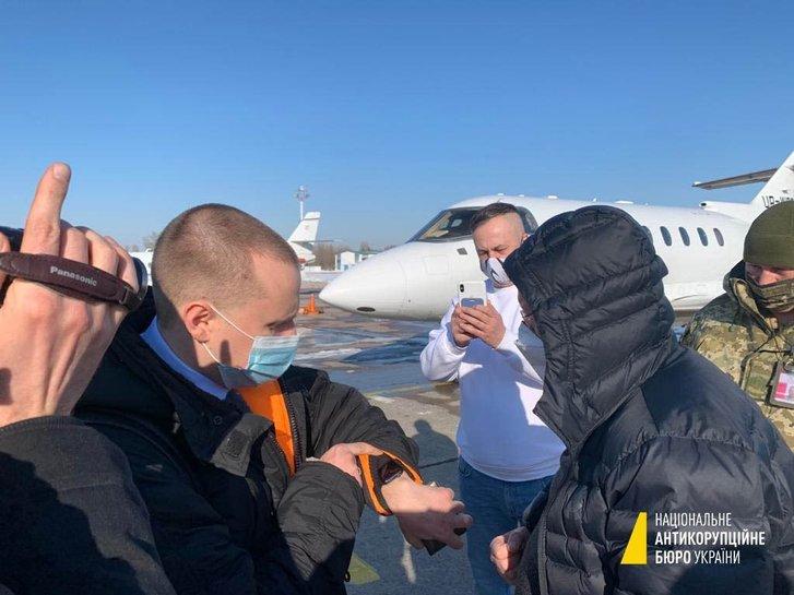 В Борисполі, під час спроби залишити країну, затримали топфігуранта у справі ПриватБанку_2