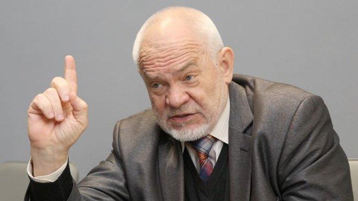 Володимир Казарін
