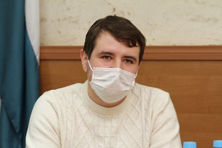 Лікар-інфекціоніст Роман Пономаренко