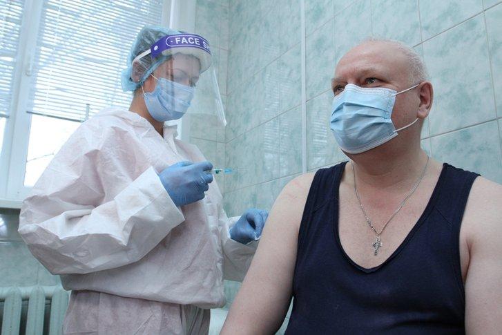 Віктор Лисак вакцинувався проти коронавірусу