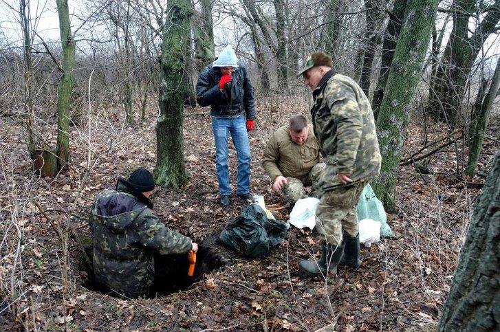 Біля Кременчука знайшли останки 40 бійців_4