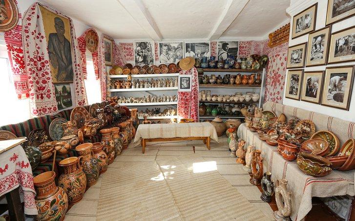 Музей-садиба гончарської родини Пошивайлів