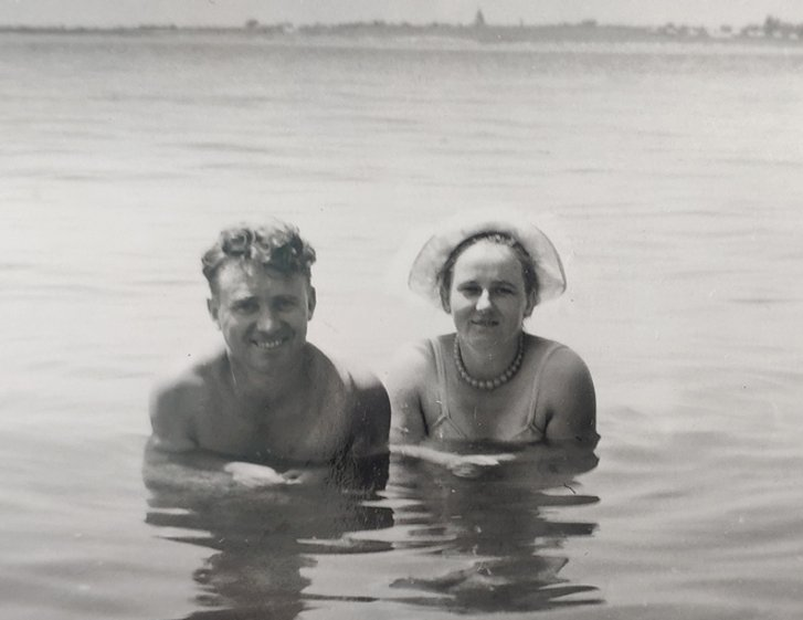 На відпочинку з дружиною. Геленджик 1961 р.