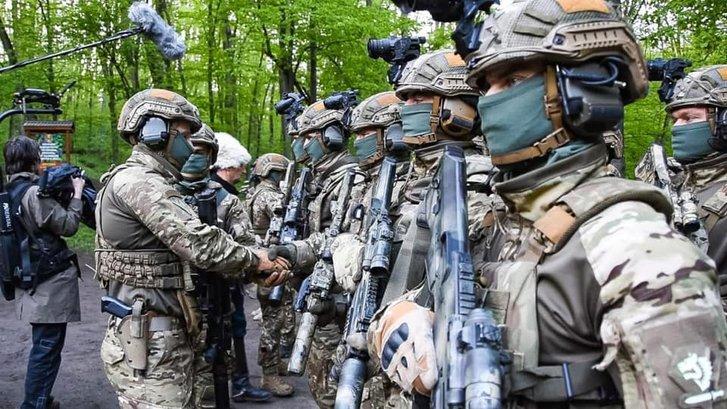 Бійці ССО у Холодному Яру освятили зброю на ворога_1