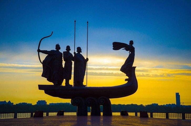 В день Києва діаспоряни розповіли про Нью-Київ в Канаді та Київ в американській Дакоті_1