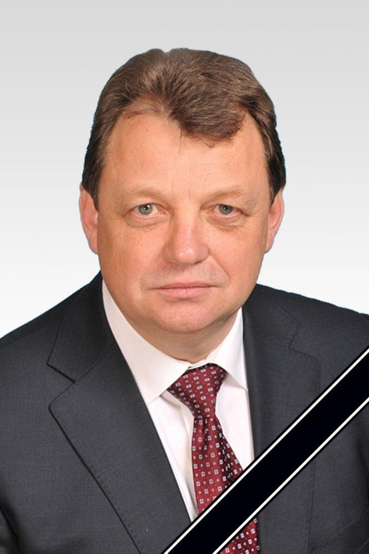 Роздуми під час прощання з генералом Віктором Гвоздем_4