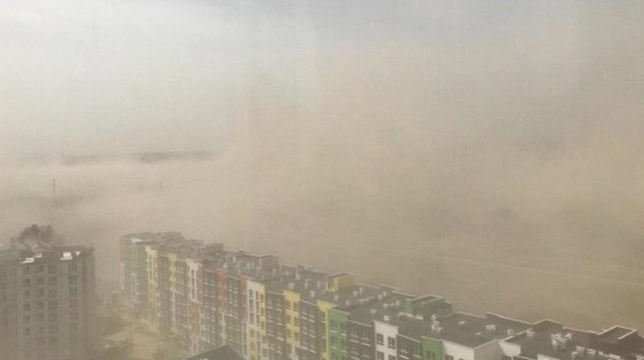 Пилова буря у Києві