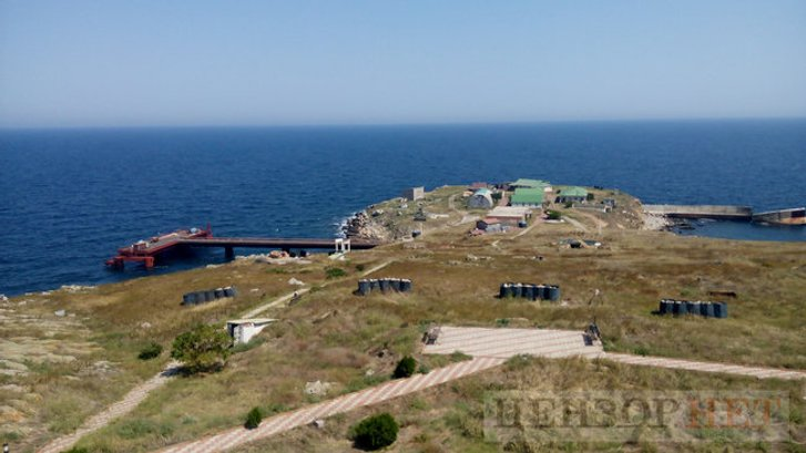 Путін націлився на острів Зміїний_2
