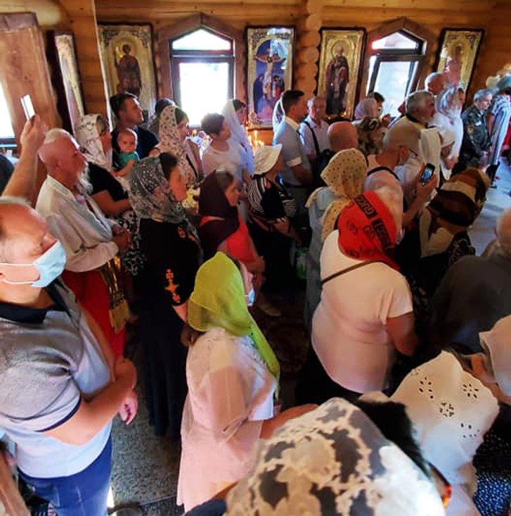 Перший український храм освятили у Нікополі_2