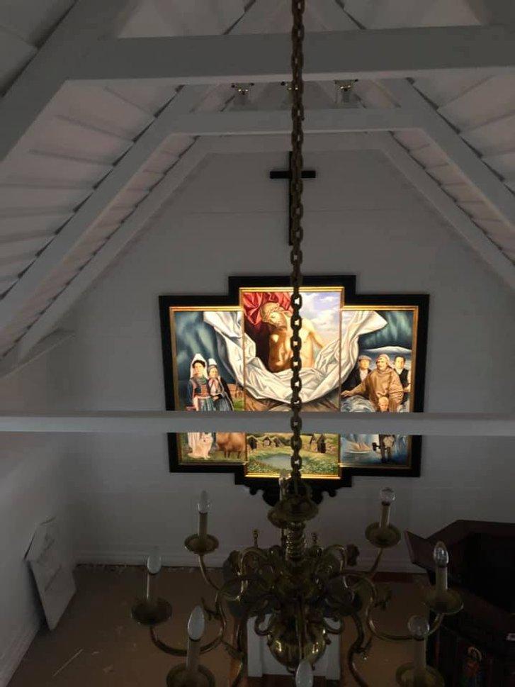 Український художник оздобив в Ісландії церкву_3