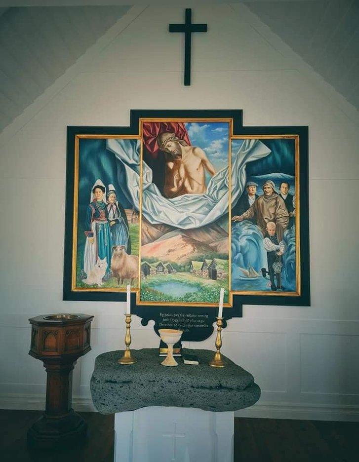 Український художник оздобив в Ісландії церкву_6