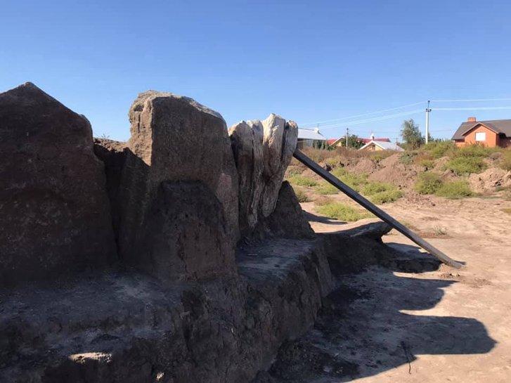 Україна може втратити 5000-літній кромлех у Придніпров'ї через незаконні забудови_1