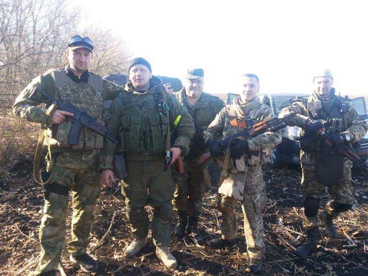 Добровольці підрозділу «Сармат»: У 2014-му Донецький степ аж пашів від української звитяги_4