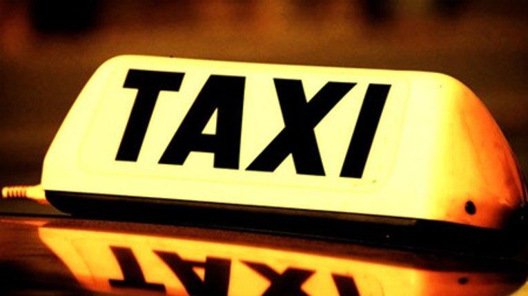 У Хоролі затримали таксиста, який підробляв сутенером