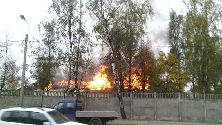 ФСБ замітає сліди злочинів Путіна в Україні? На території 76-й псковської дивізії ВДВ сталася пожежа