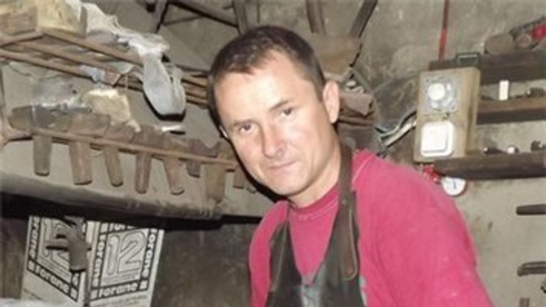 Сьогодні Полтавщина прощається з ковалем-зброярем, який загинув в АТО