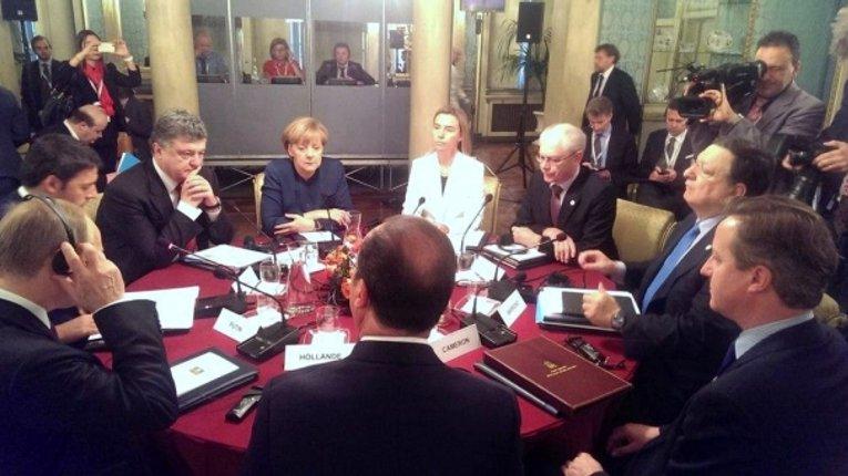 Сьогодні в Мілані Порошенко та Путін зустрілися в присутності європейських лідерів
