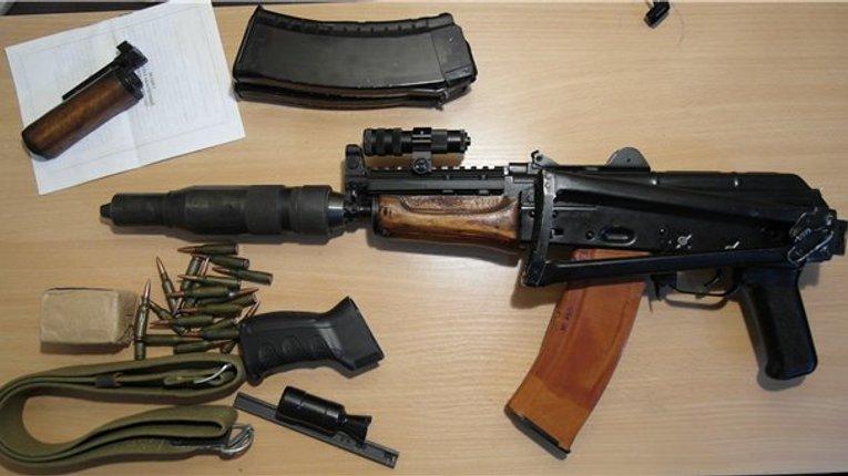 На Полтавщині знову затримали водія з арсеналом зброї