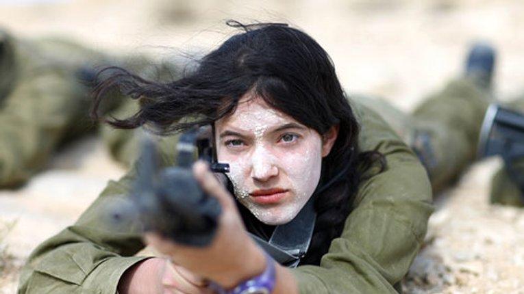 В Полтаві проведуть військовий вишкіл для жінок. Платно
