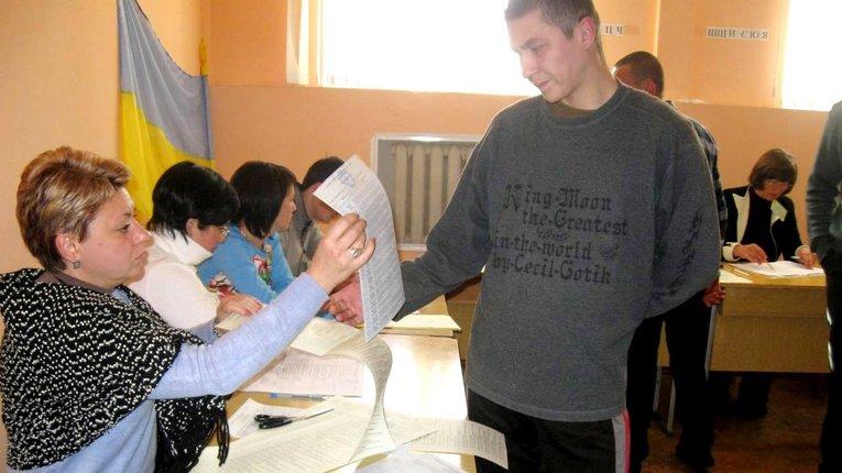 У Полтавській області проголосували всі засуджені та ув'язнені