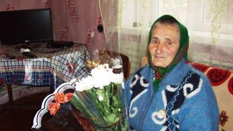 90-річна полтавка стала матір'ю-героїнею